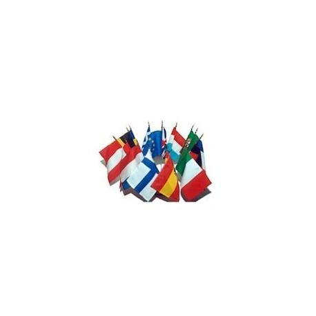 Jeu de 29 drapeaux table tissu des pays de l'Union Européenne avec socle bois